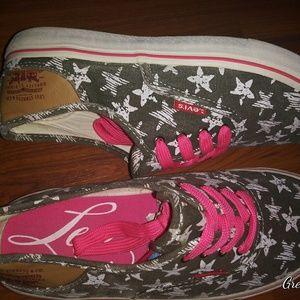Levis Canvas Shoes